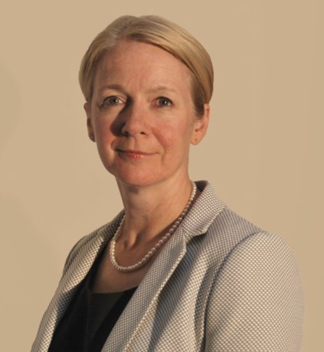 Dr Karen Roberts